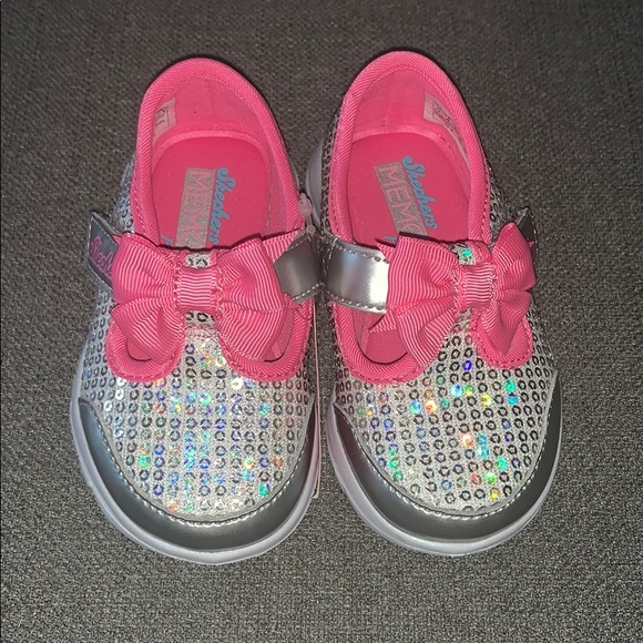 Skechers Kids' GOwalk Joy Sugary Sweet Sneaker NWT